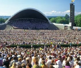 On Sep. 11, 1988, 300,000 Estonians gathered at the Tallinn Song Festival Arena (right)—more than a quarter of all Estonians. The were insisting on restoration of independence. Estonians also acted as human shields to protect the radio and TV stations from the Soviet tanks. Through these actions Estonia regained independence without any bloodshed after Mikhail Gorbachev pulled out Soviet tanks rather than run over Estonian choirs.