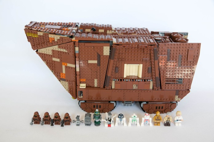 75059 Sandcrawler Group Shot