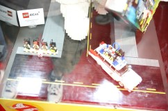 LEGO Stay Puft Marshmallow Man 5