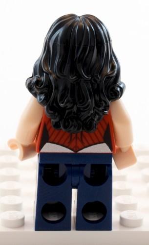 76026 - Wonder Woman Back