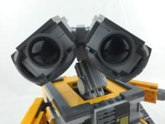 21303 WALL-E 12
