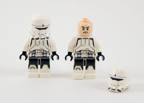 75152-imperial-hovertank-pilots