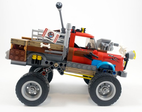 70907-tail-gator-right-side