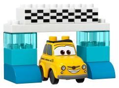 10857-Piston-Cup-Race-04