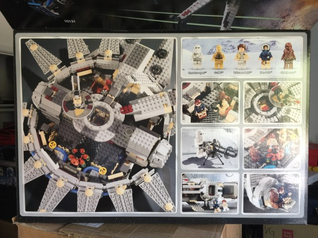 4504 Millennium Falcon Inside Under Lid