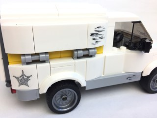 76083 Beware The Vulture Truck 5