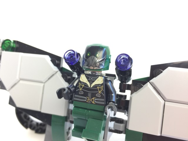 76083 Beware The Vulture Vulture Wings 3