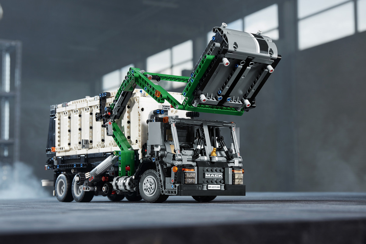 The LEGO Group And Mack Trucks Announce Mack Anthem Building