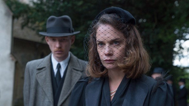 """REVIEW: """"The Little Stranger"""" ★★ and a ½"""