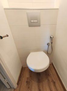 wc suspendus + douchette hygiène