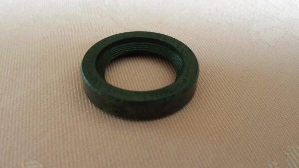 Steering box oil seal