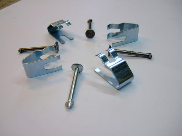 Rear brake shoe hold down clips & pins