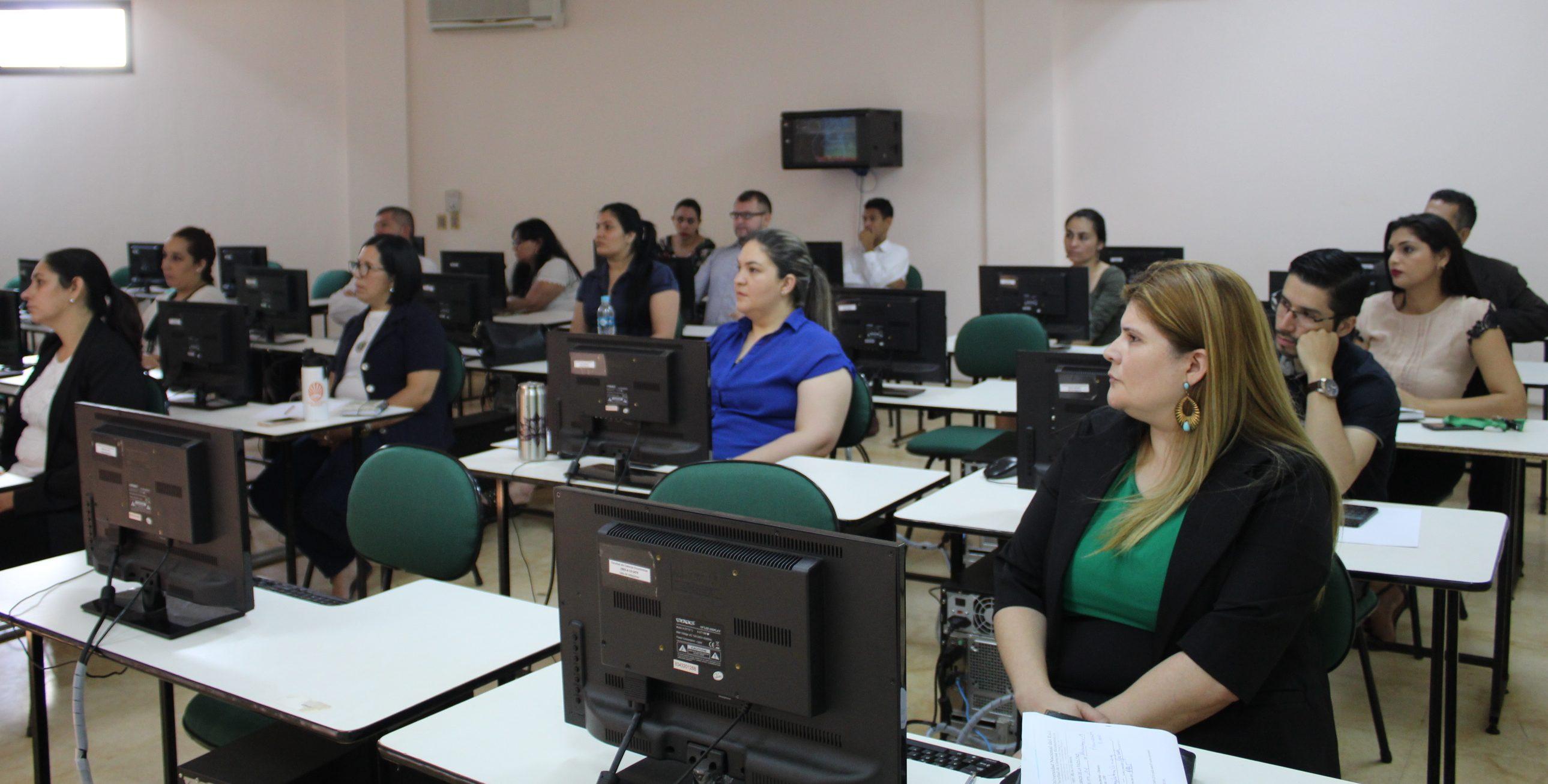 Funcionarios se formaron en la utilización de herramientas informáticas