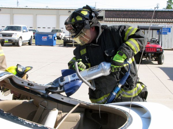 Motor Vehicle Rescue - Fire Disaster and training Consultants