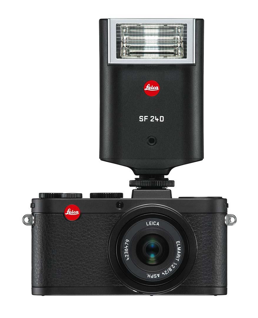 Leica X2 Black front Flash SF24D