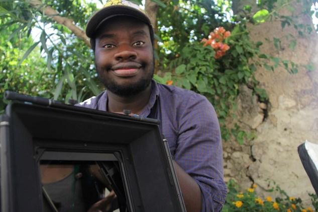 Student cinematographer Wilson Verstreken (NARAFI-LUCA) on set.