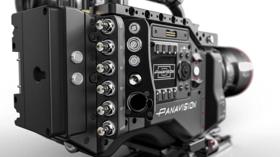 DXL_Rear_Ports_Panavised-with-Lens
