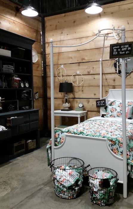 magnolia-market-waco-tx-bedroom