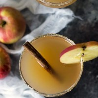 Holiday Cinnamon Bourbon Apple Cider