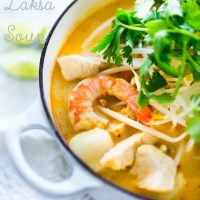 Laksa Soup - A Malaysian Coconut Curry Noodle Soup