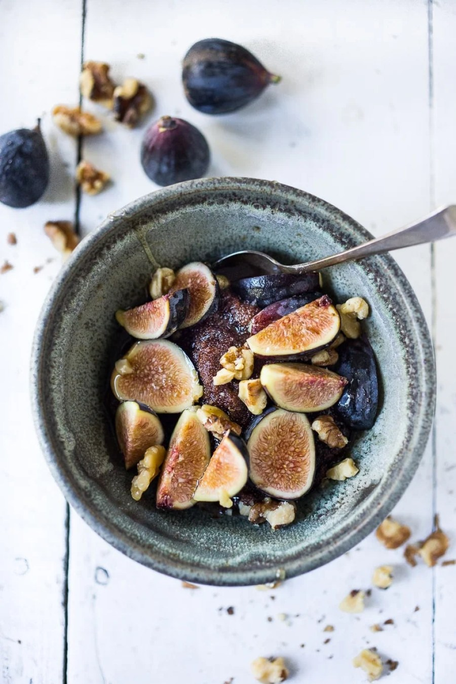 Teff Porridge with Figs, Walnuts and Honey