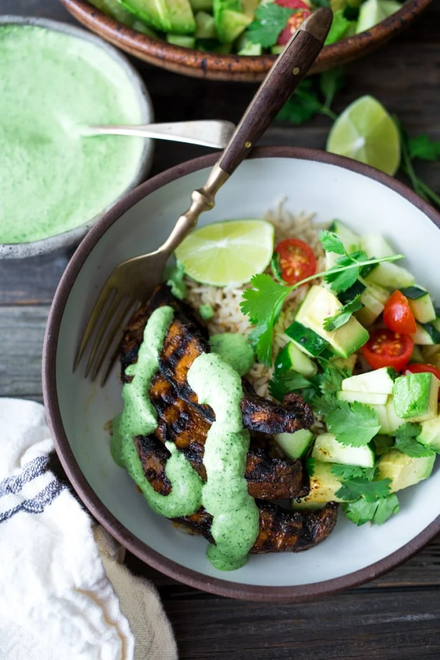 Grilled Peruvian Portobellos with Spicy Green Sauce and Avocado Tomato Salad! | www.feastingathome.com