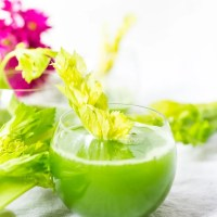 Celery Juice Recipe & Top 10 Celery Benefits
