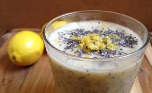 "Lemon ""Poppy Seed"" Muffin Smoothie"