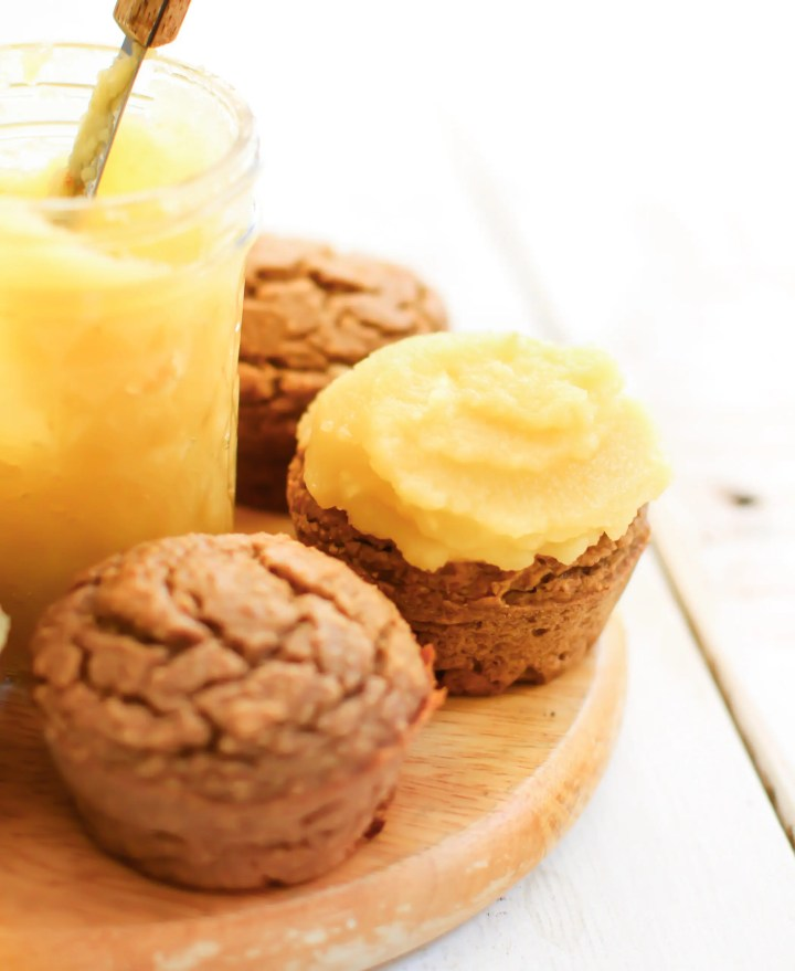 Cinnamon Cupcakes with Applesauceting - FeastingonFruit.com