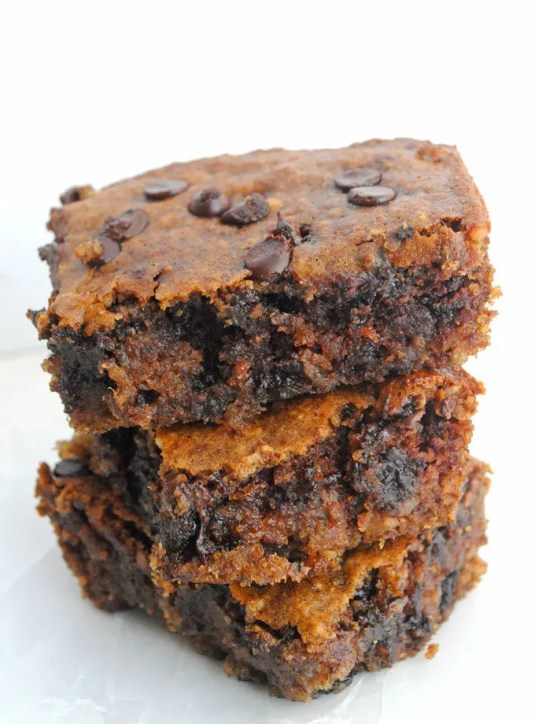 Chocolate_Chip_Almond_Butter_Bars_11_edit_crop