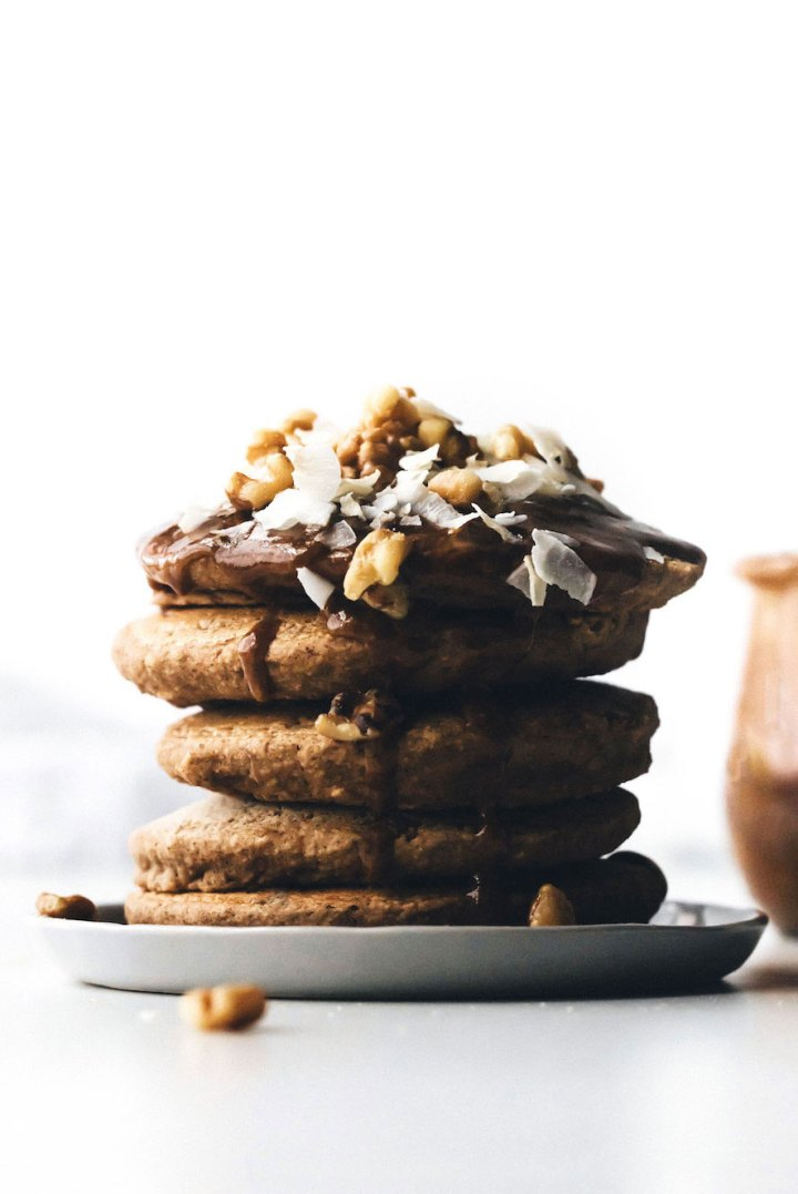 Fluffy Vegan Pancakes (no banana!)