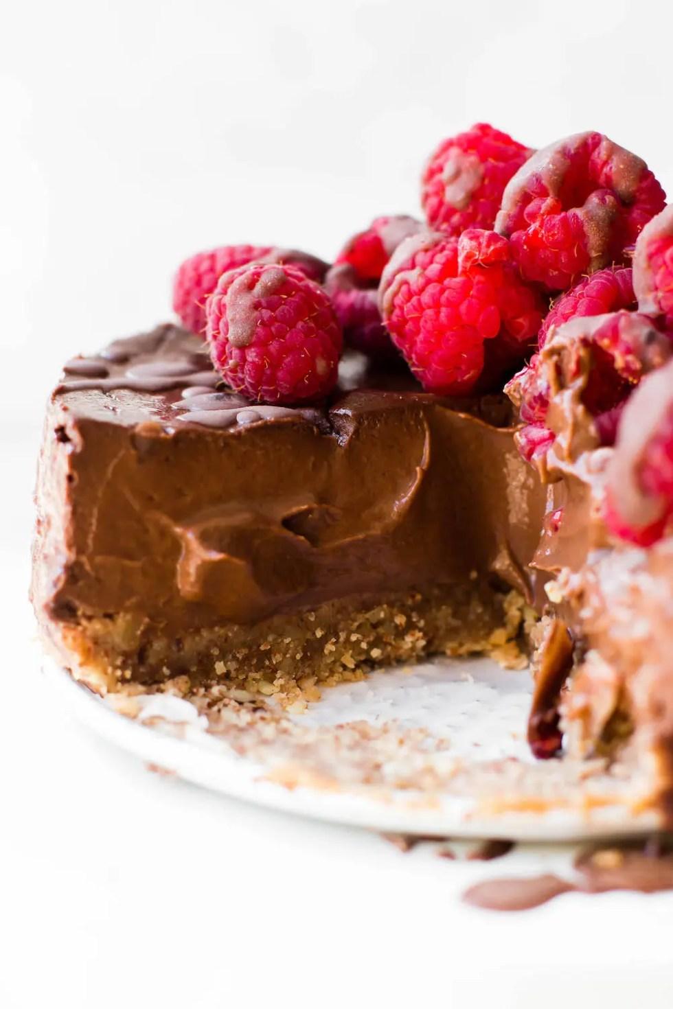 Low-Fat Chocolate Mousse Cake {vegan & gluten-free}
