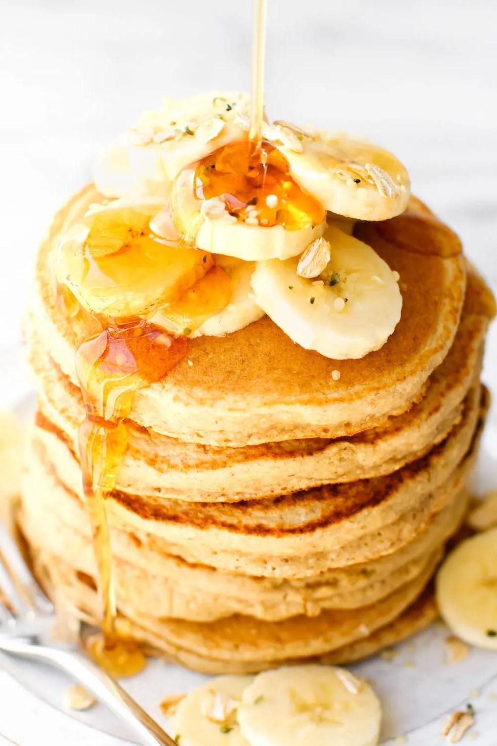 Fluffy Banana Smoothie Pancakes