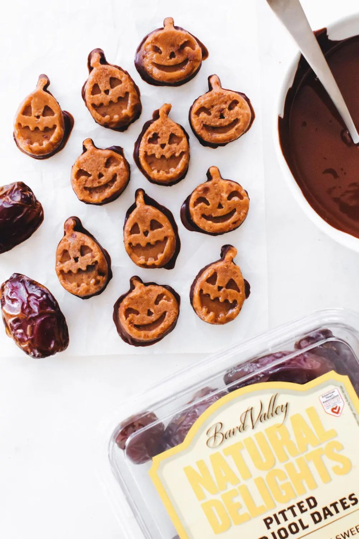 Medjool Date Pumpkin Fudge