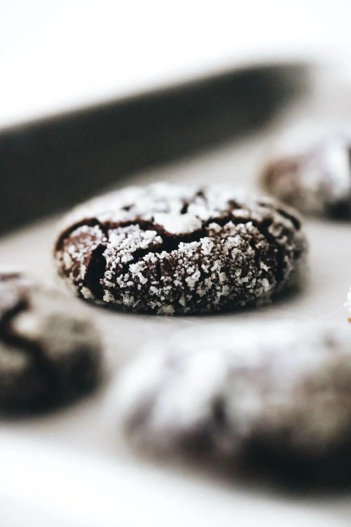 Chocolate Crinkle Cookies (vegan + paleo)