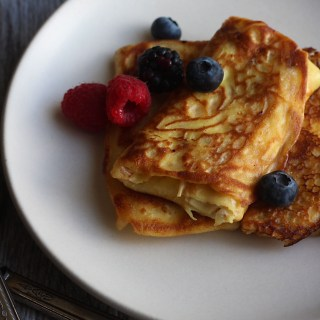 Mary and Max: Yentls Cheezy Blintz
