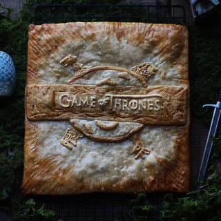 Game of Thrones Bread Centerpiece