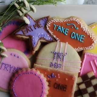 "Walt Disney's Alice in Wonderland: ""Eat Me"" Cookies"