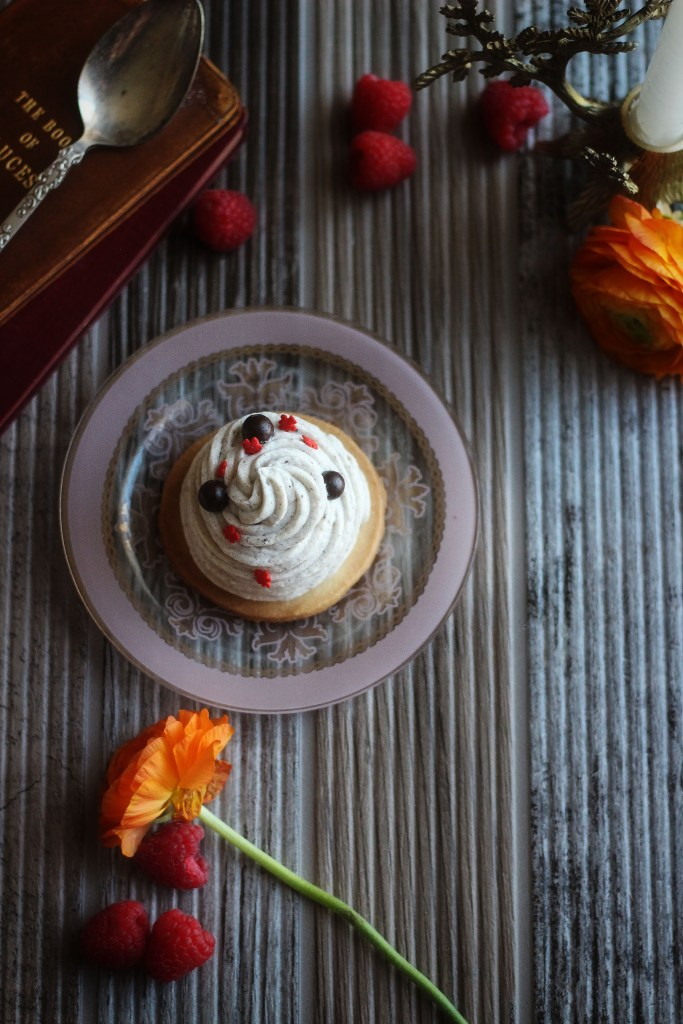 Beauty and the Beast: Red Rose Taverne - Grey Stuff Gateau recipe from Disneyland