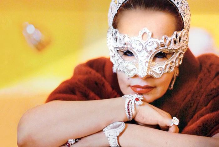 551c3f73fa699a350cfdc4df_maha-bint-mohammed-bin-ahmad-al-sudairi-royal-shopaholic