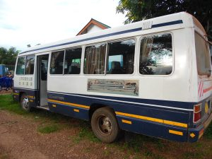 Nuevo minibús para la Escuela Infantil en Mwanzugi