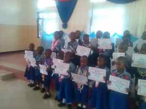 Graduación en Mwanzugi