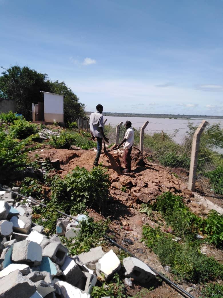 Obras en el hospital  Mwanzugi