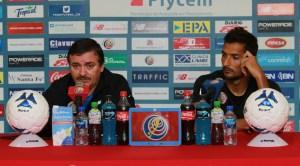 Oscar Ramirez y Celso en conferencia 7 set 2015