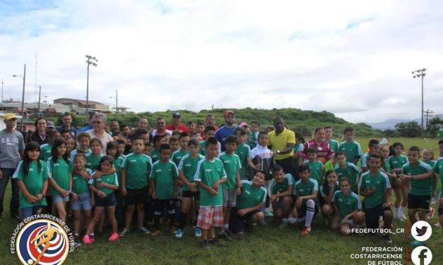 FEDEFUTBOL lleva alegría a niños de Cartago