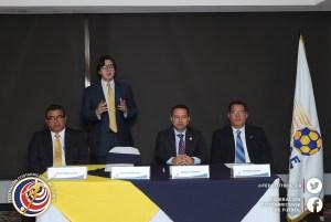 Comisión arbitraje-UNCAF 2