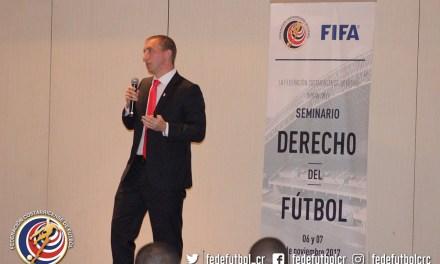 Satisfacción con primer seminario de Derecho del Fútbol