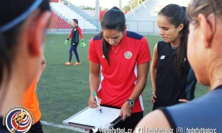 Tricolor femenina afina detalles para debut en Centroamericanos