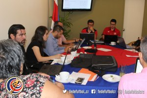 Reunión licencia de clubes (1)