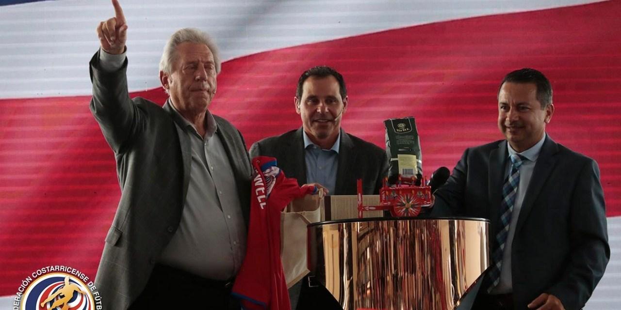 FEDEFUTBOL se une a campaña de John Maxwell